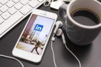 Linkedin-Logo-over-New-York-on-Mobile